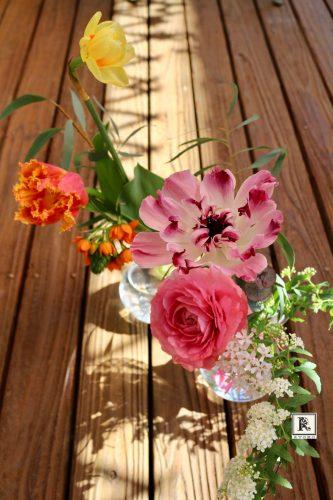 春の花をペアルックで飾ろう