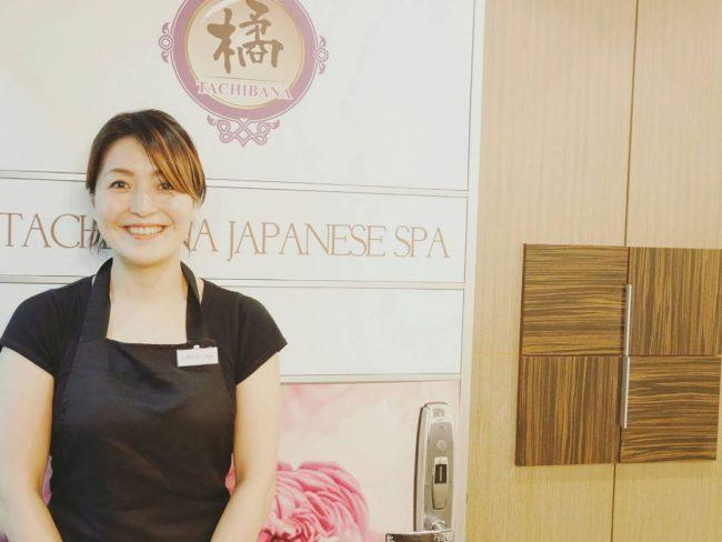 日本人スタッフの山縣さん。ほのぼのとした雰囲気ながらもすご腕の持ち主。