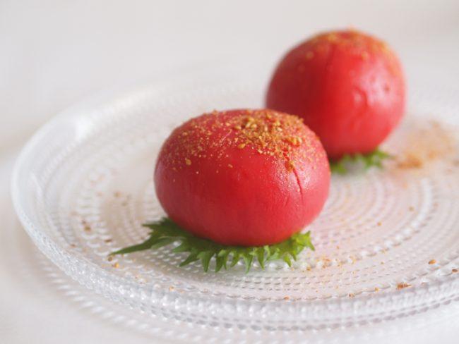 【レシピ】ビタミンも潤いもチャージ!トマトの丸ごとサラダ