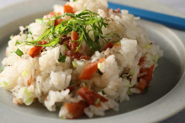 【レシピ】梅じゃこと和ハーブのお寿司でカラダも心もスッキリ!