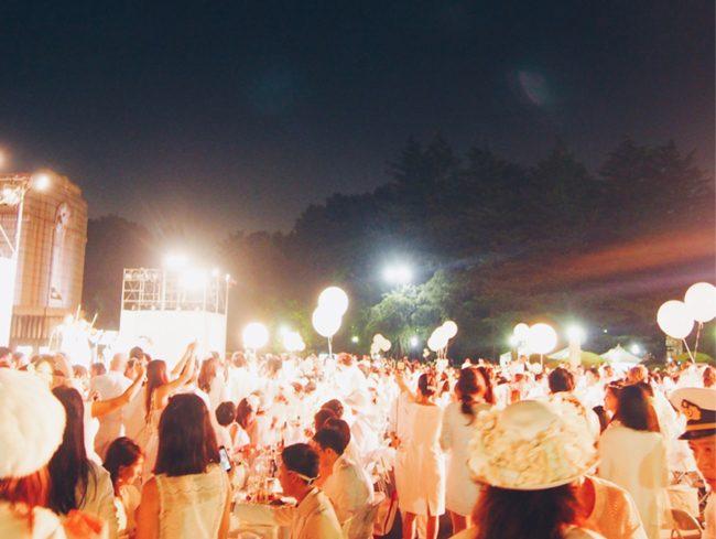 白・白・白!のシークレット・ディナーパーティー「ディネアンブラン」に参加してきました