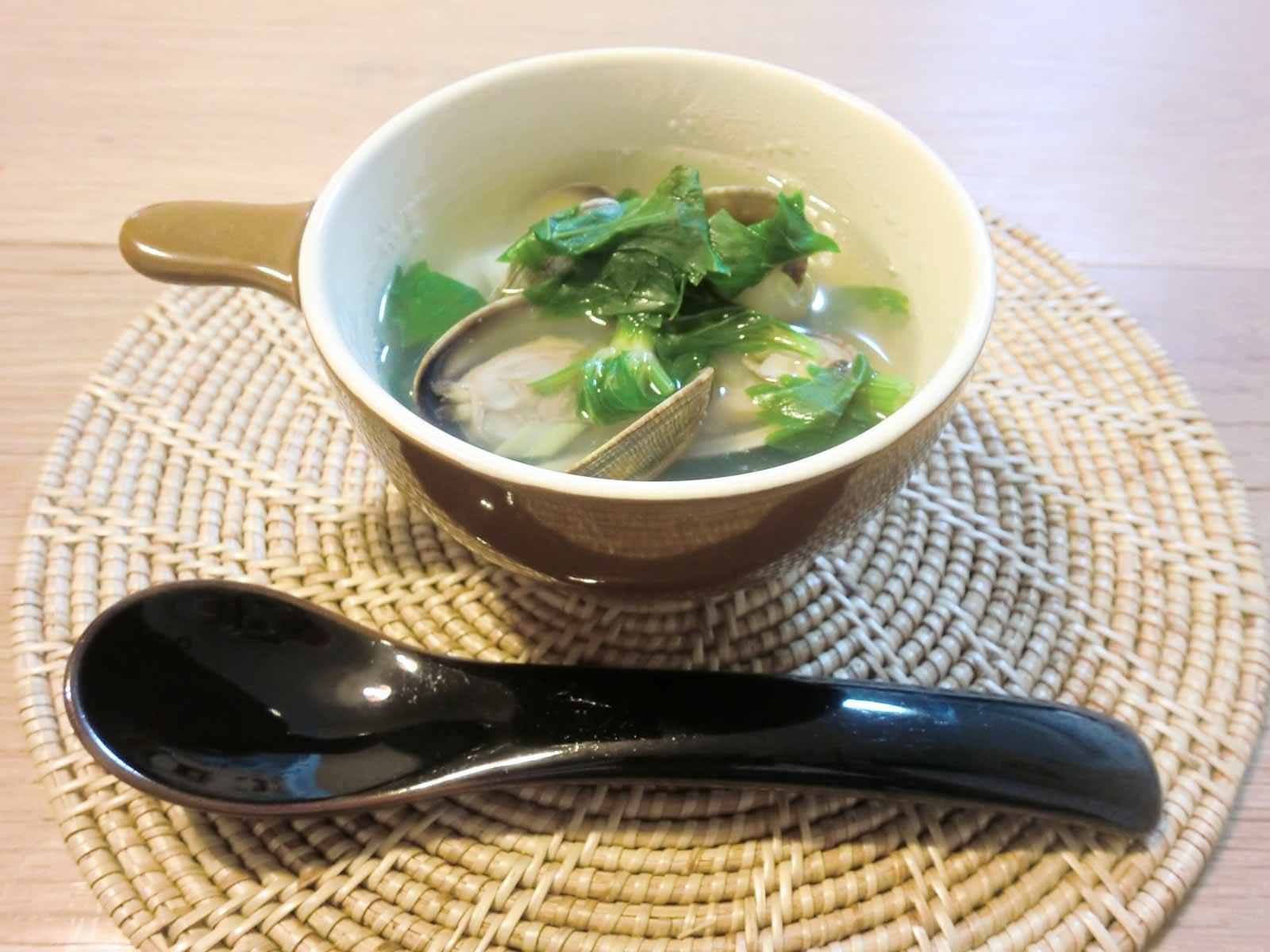 セロリとあさりのスープ