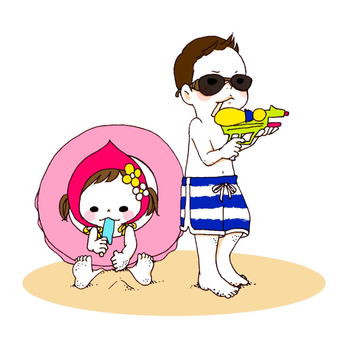砂浜で遊ぶ男の子と女の子