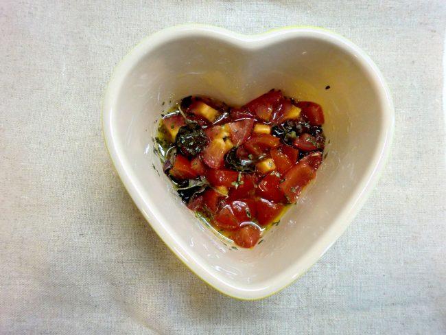 オレガノとバジルのトマトドレッシング