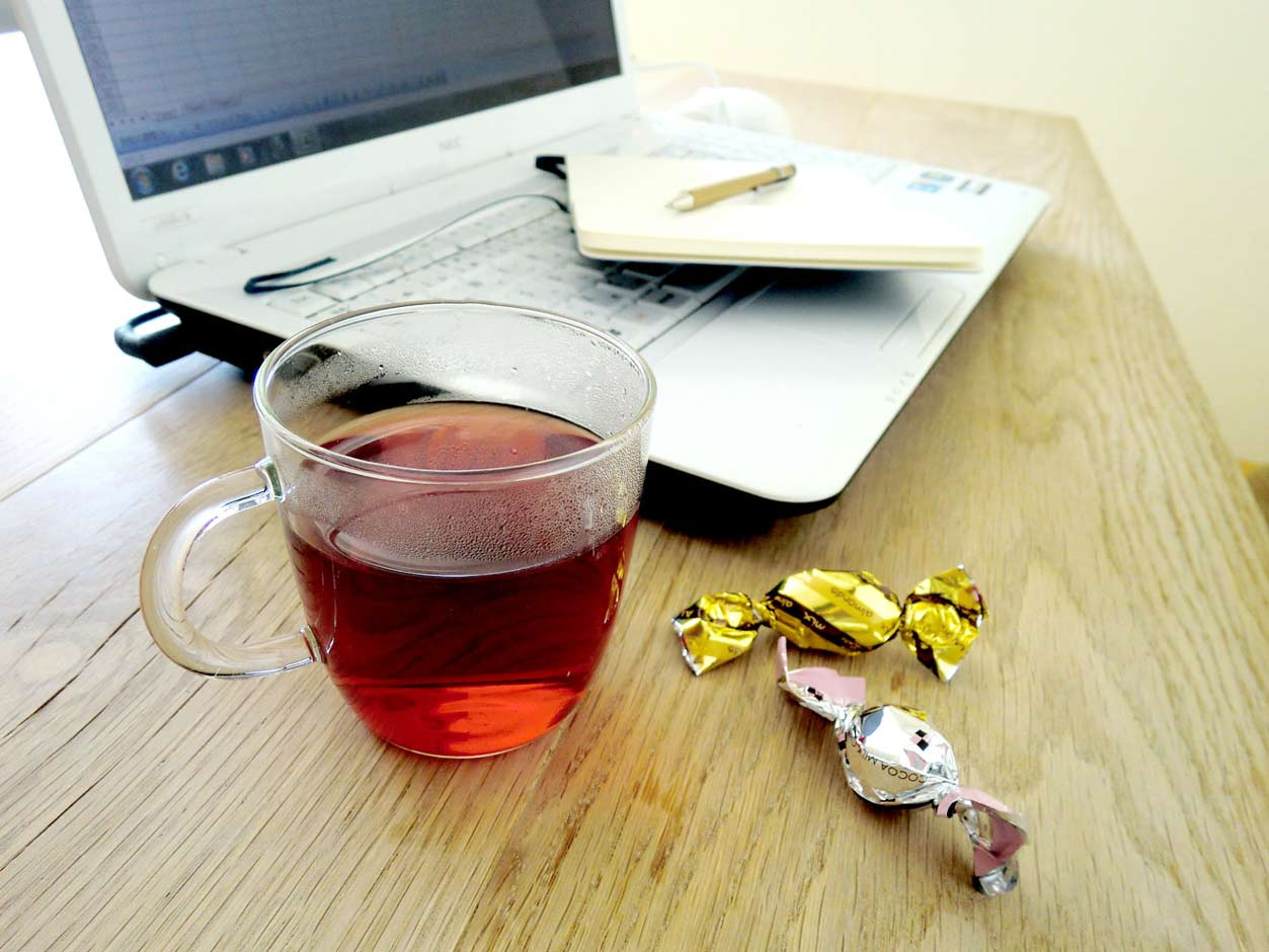 パソコンとお茶
