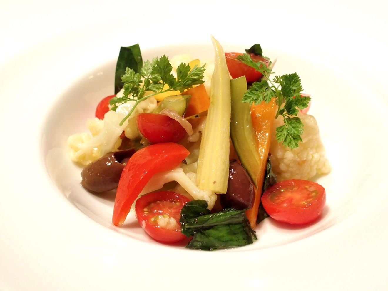ナポリ風カリフラワーとピクルスのサラダ「リンフォルツォ」