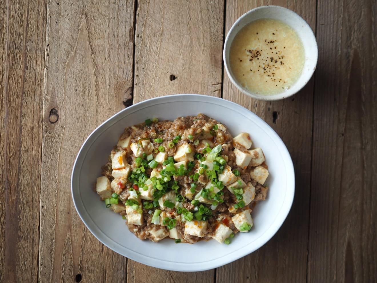 麻婆豆腐と中華風コーンスープ