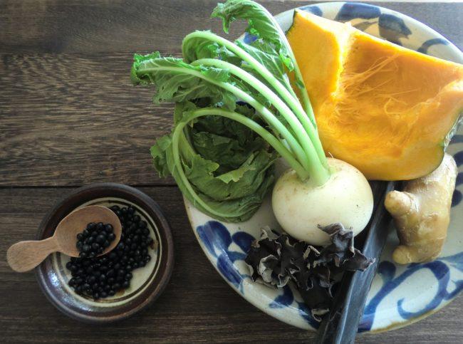 簡単薬膳ごはん~黒色&温め食材で冬を乗り切ろう~