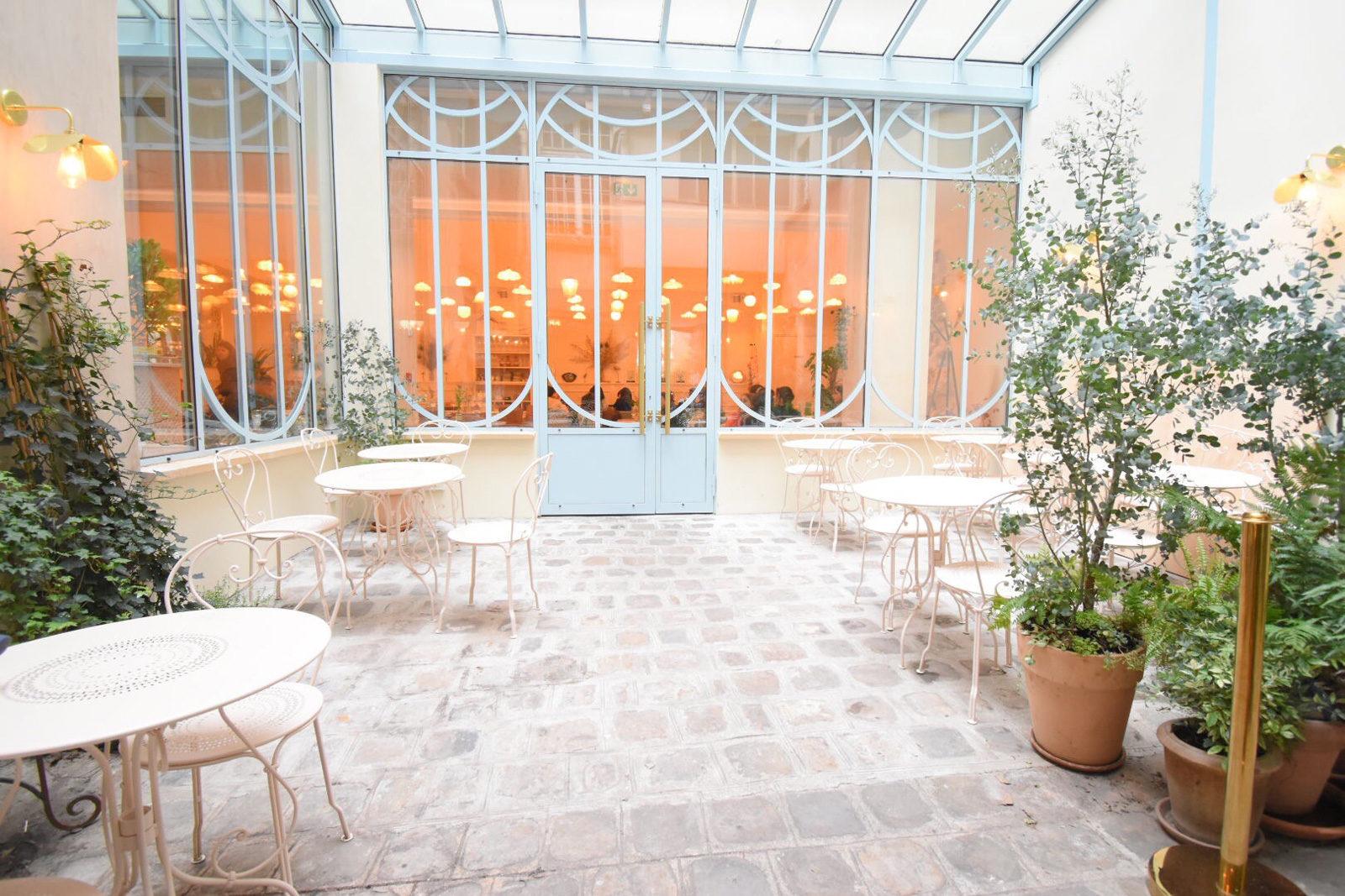パリ・パティスリーBontemps ボントンのレストラン「Le Jardin Secret」