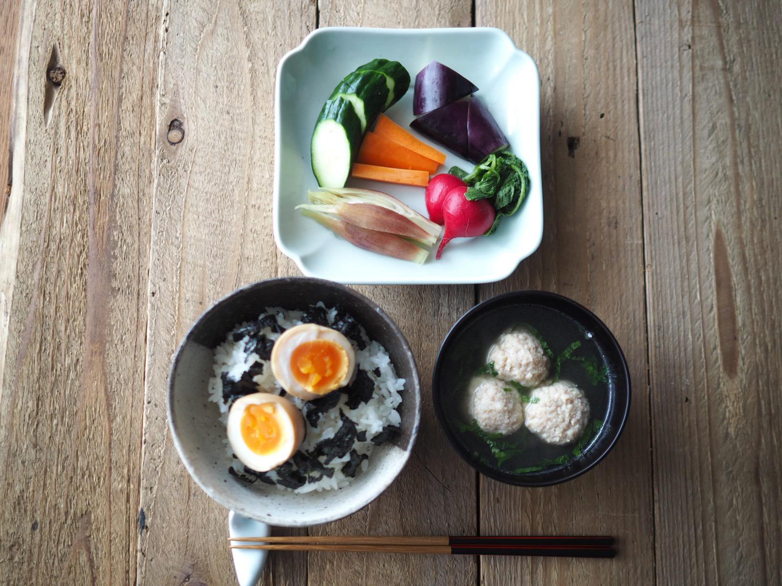 味付け卵丼の献立