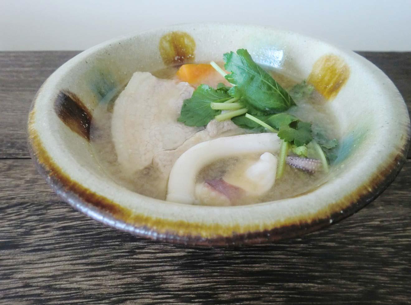 イカと豚肉の沖縄風味噌汁