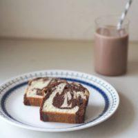マーブルパウンドケーキとアイスココア