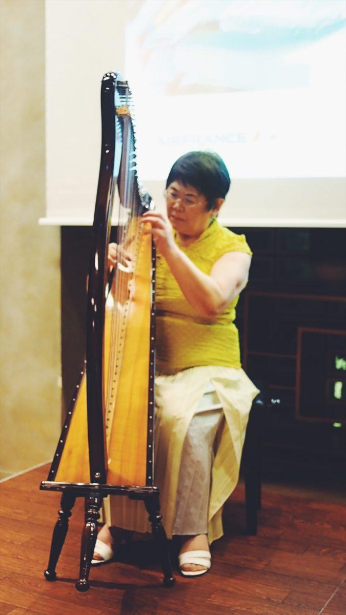 ケルトハープ奏者菊池恵子