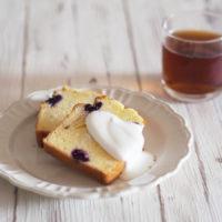 ブルーベリーパウンドケーキとアイスティー
