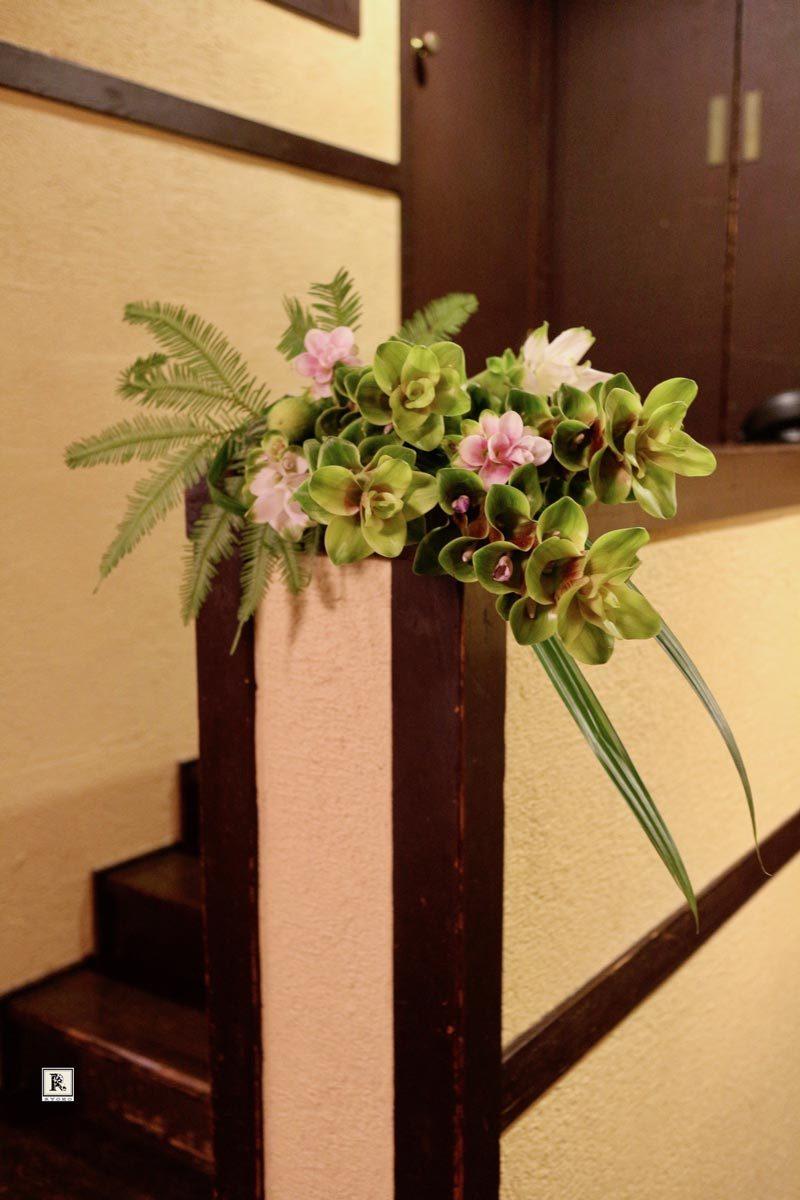 F.L.ライトの建物で花を活ける「Décoration Florale―デコラシオンフローラル