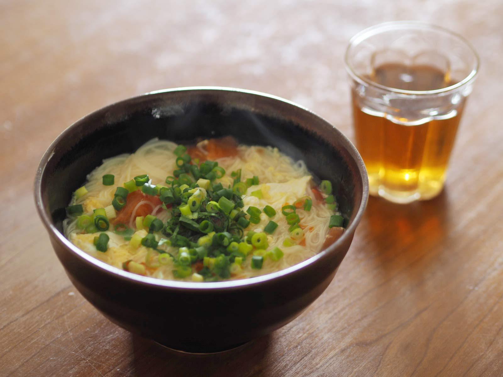 トマトと卵の酸辣湯麺風素麺