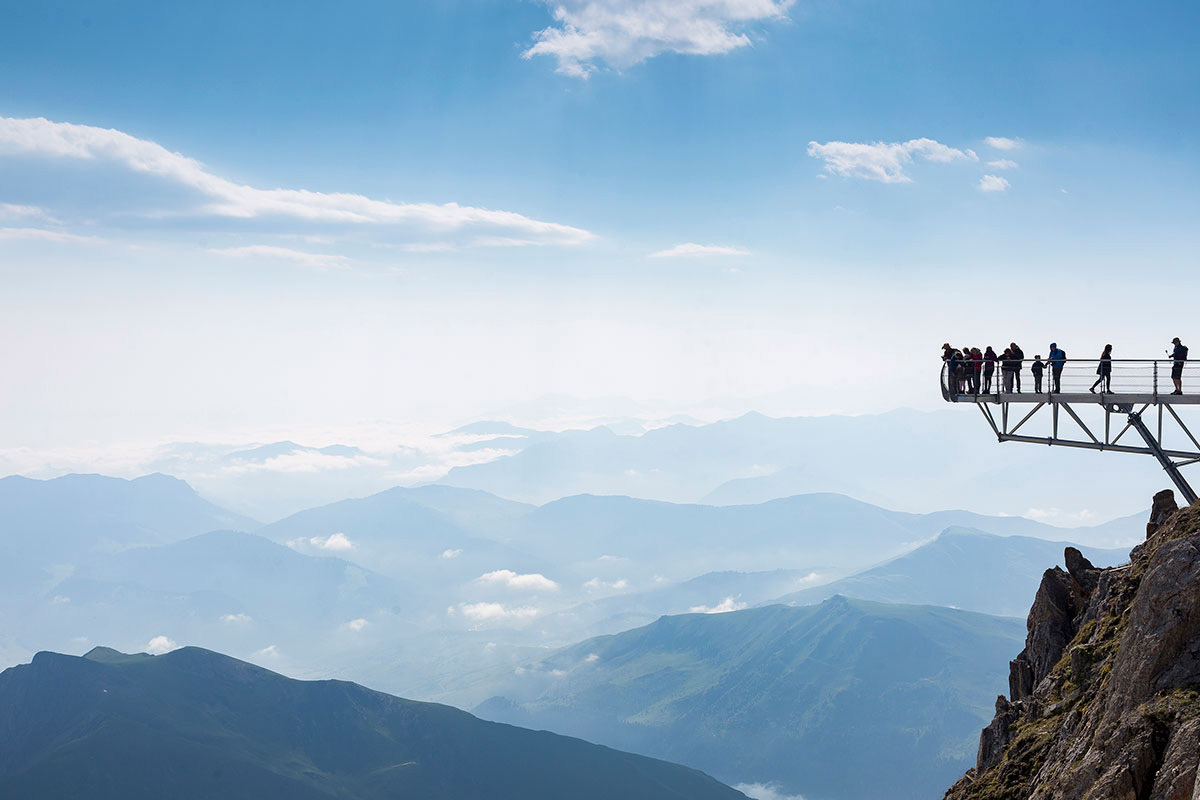 ピック・デュ・ミディの頂上からの景色