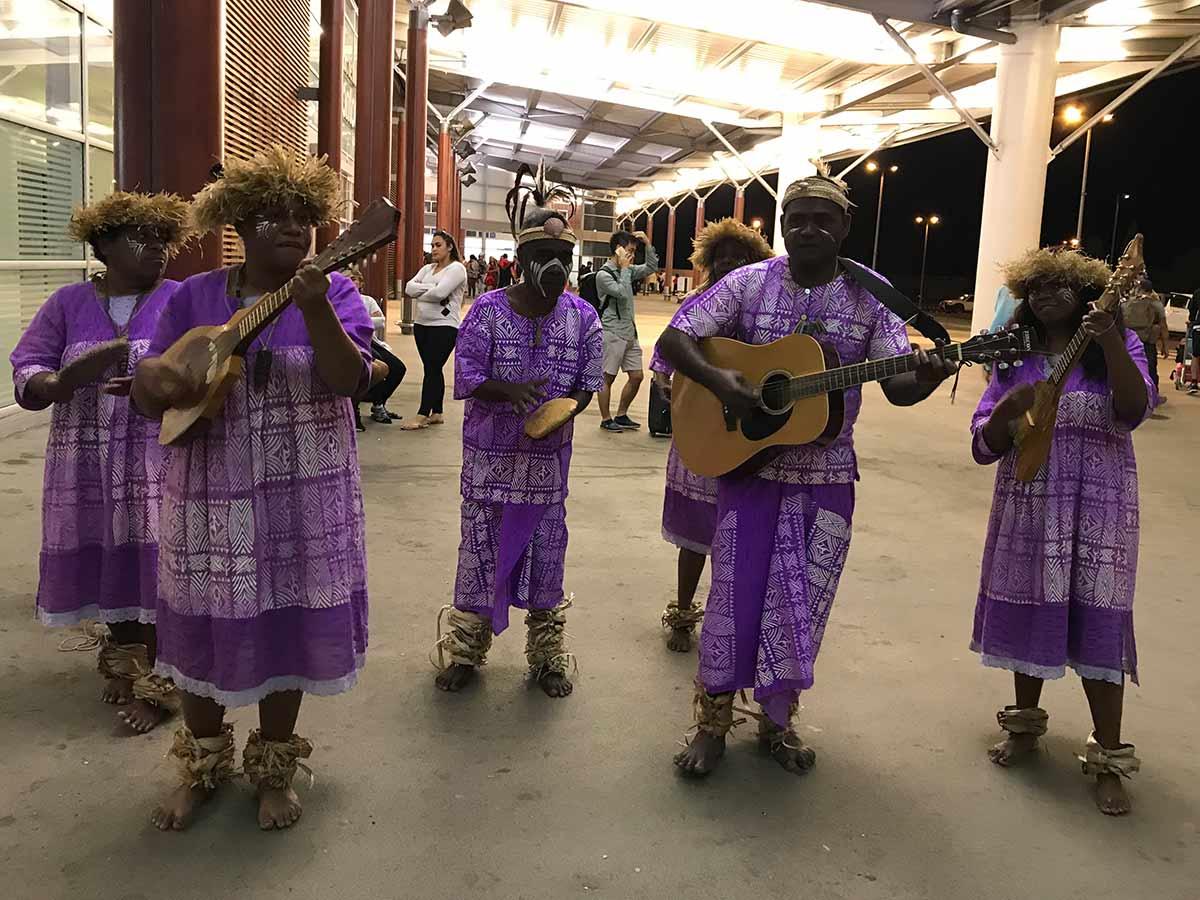 ニューカレドニアの伝統音楽・カナック音楽の演奏