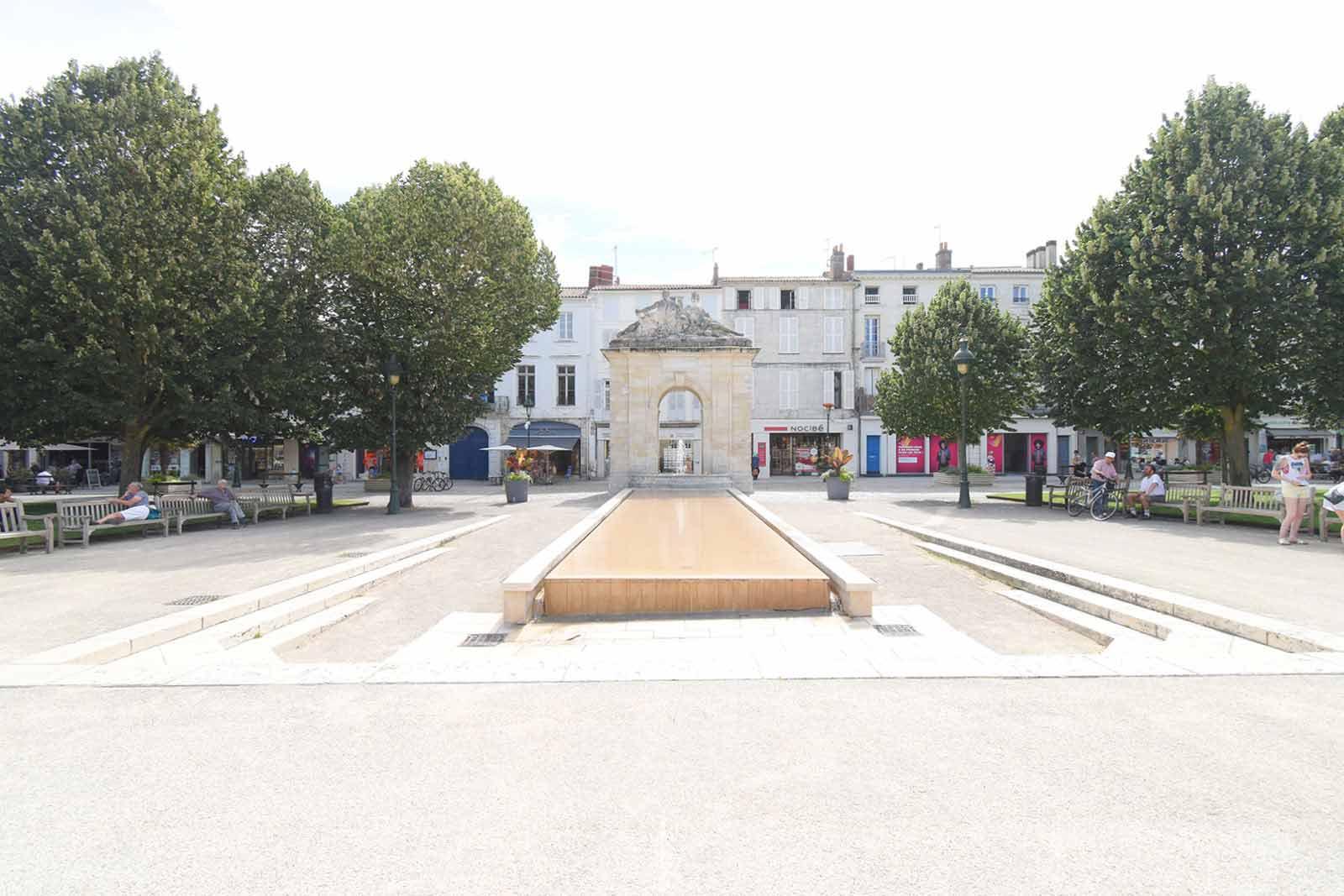 コルベール広場
