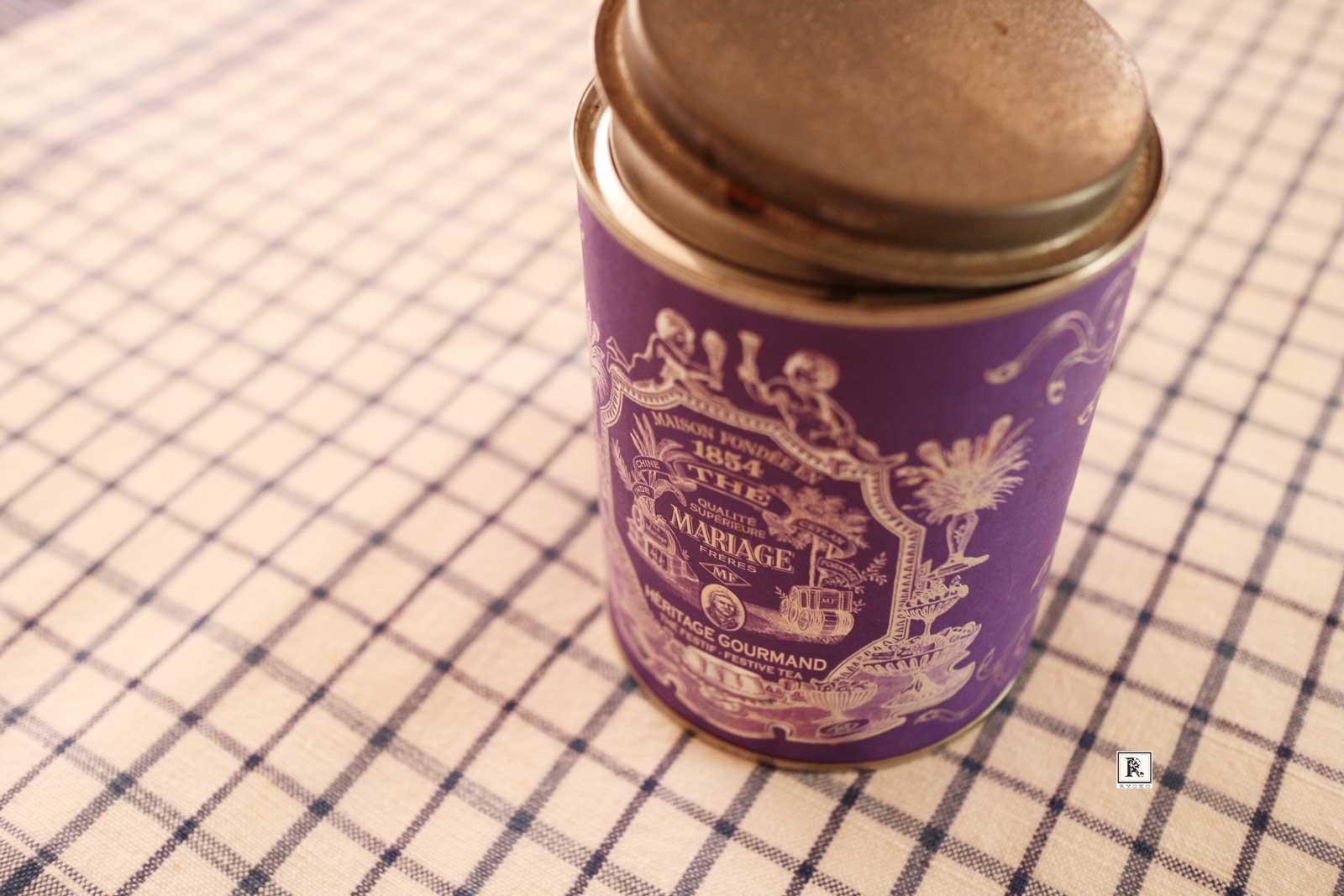 紅茶の空き缶