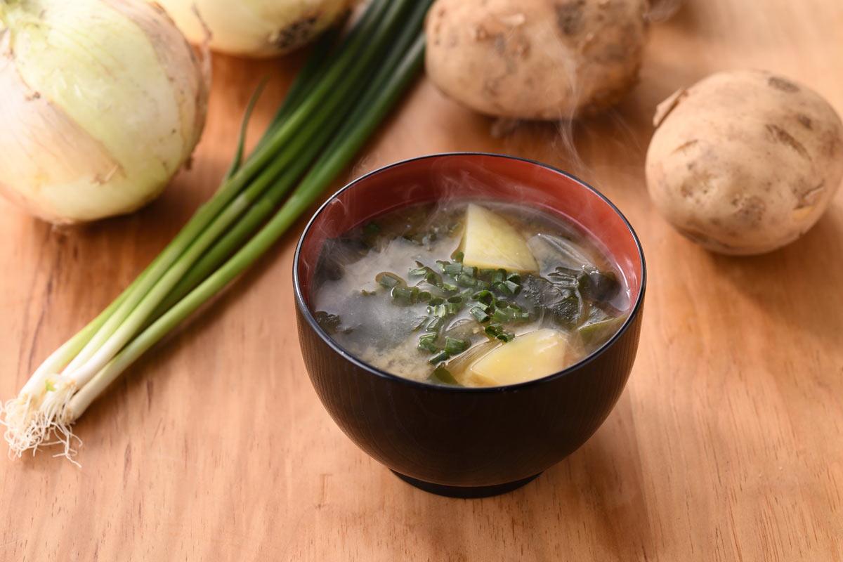 季節のお味噌汁 おむすび ごっつ食べなはれ