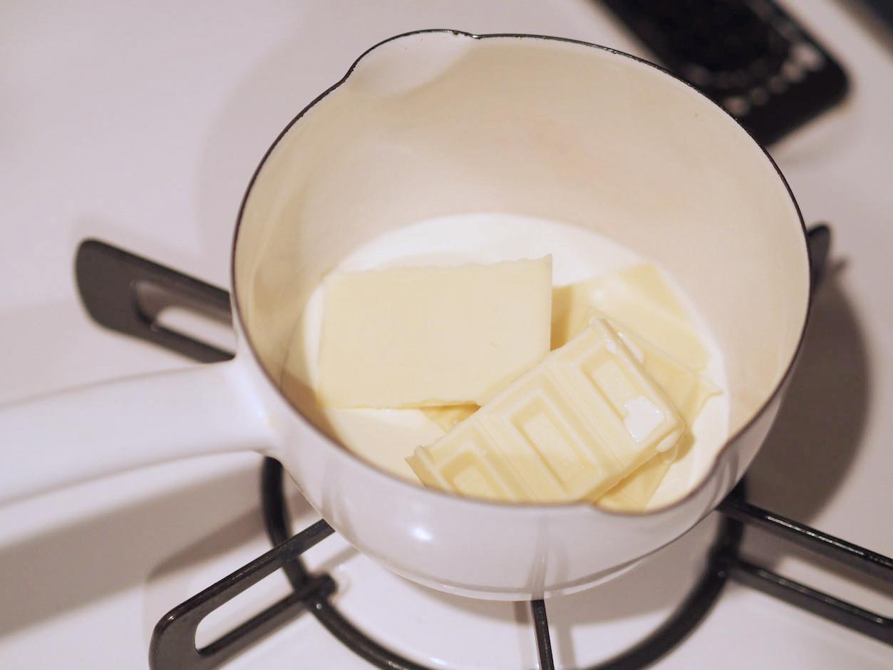 ホワイトチョコレートバニラシャンティ