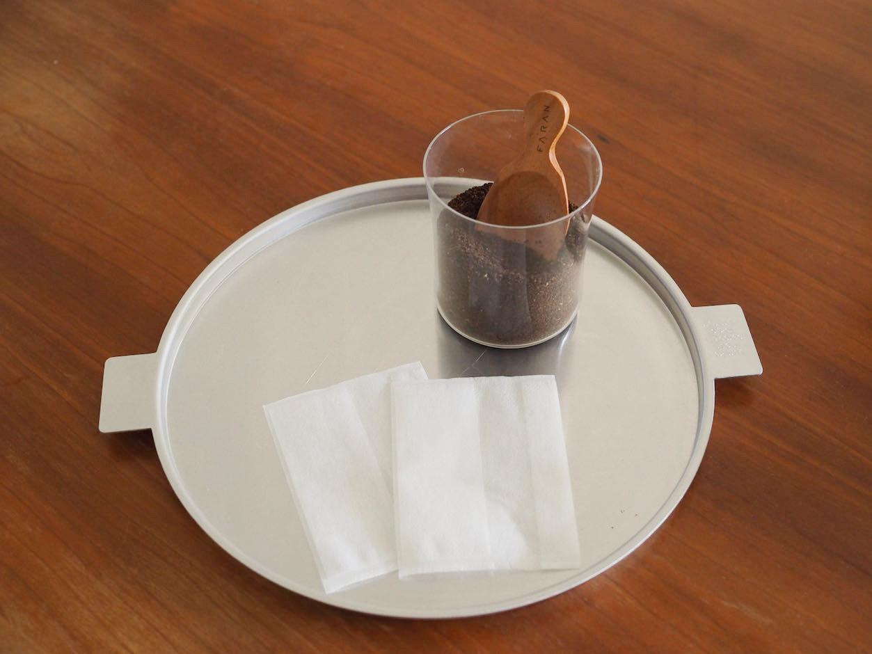お茶パックとコーヒー