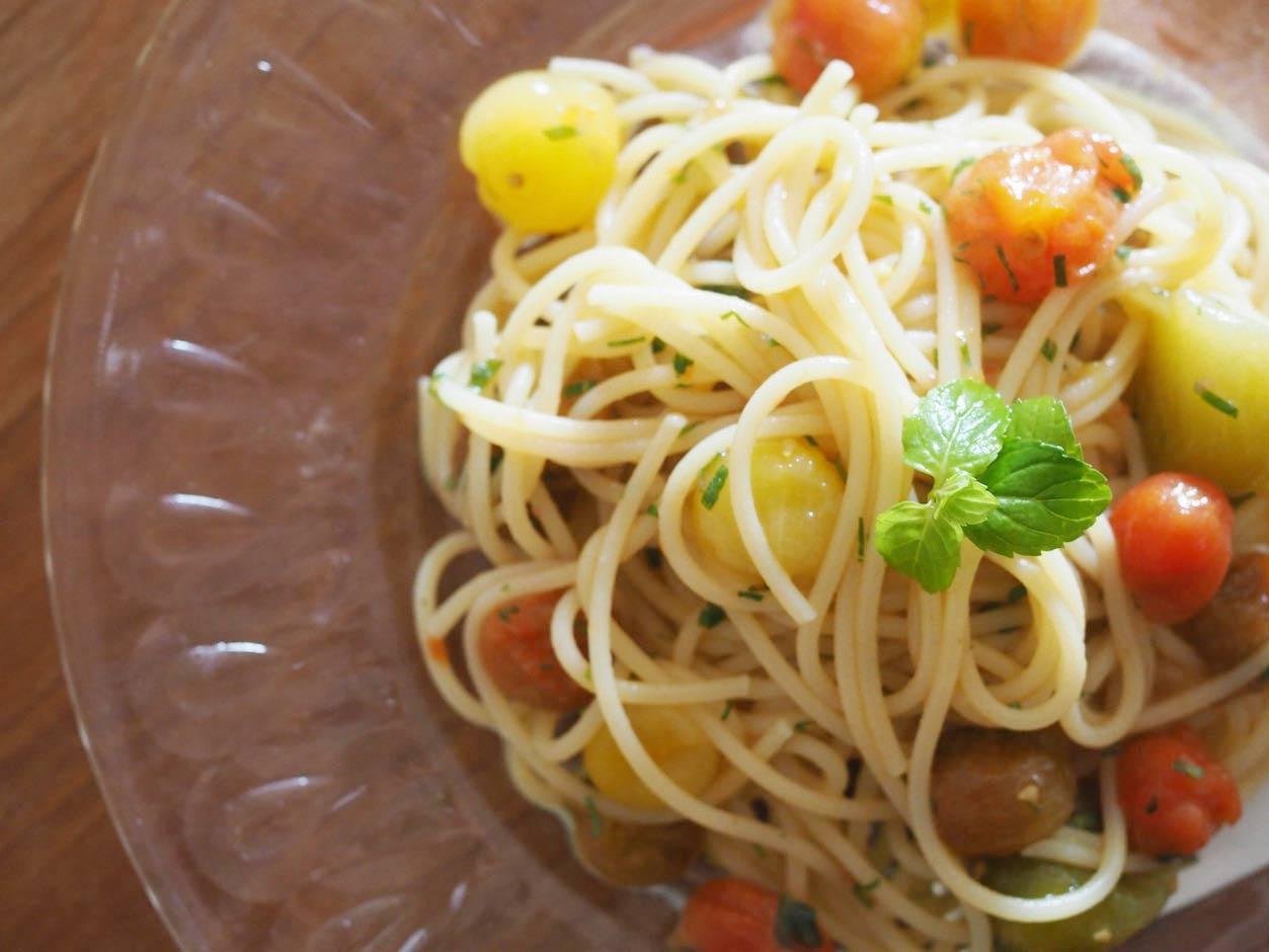 トマトとミントの冷製パスタ