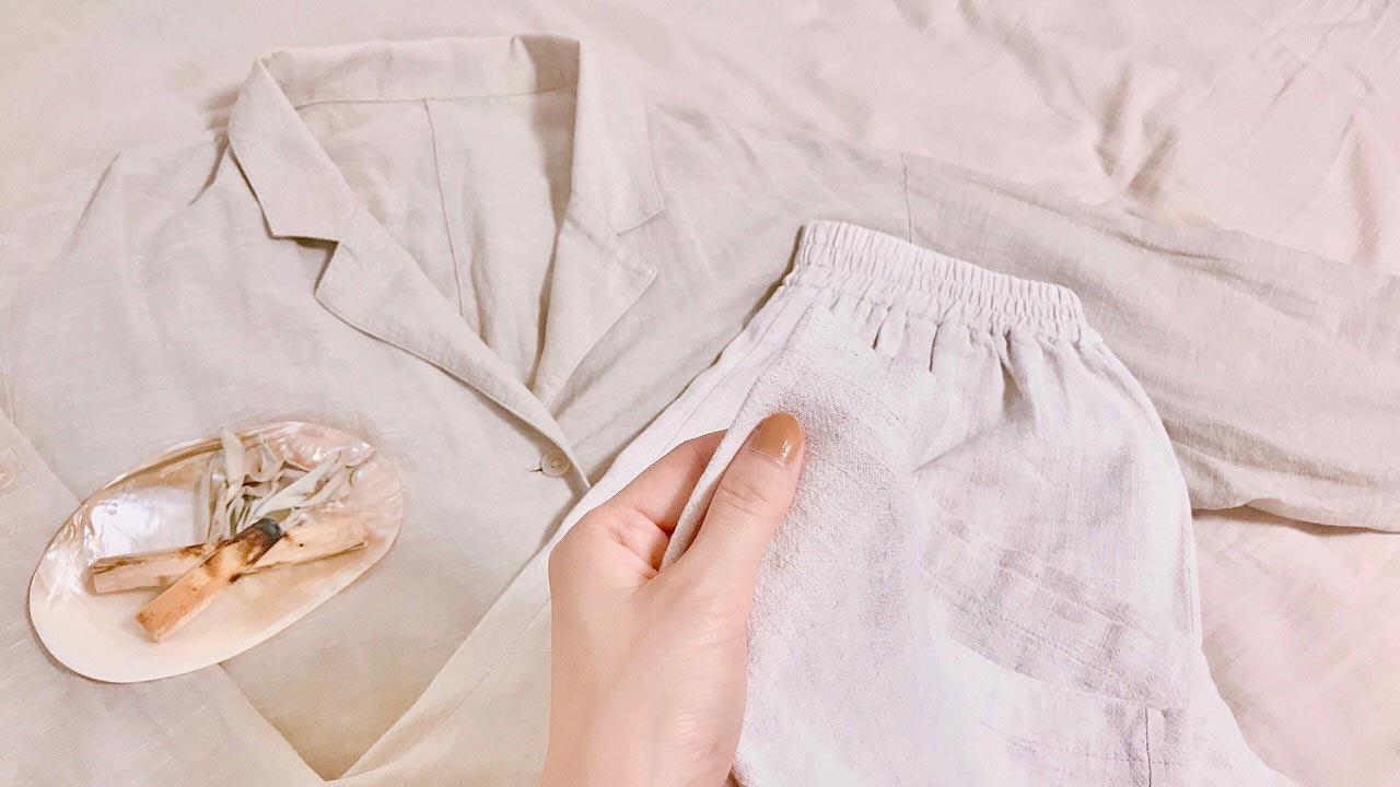 リネンのパジャマ