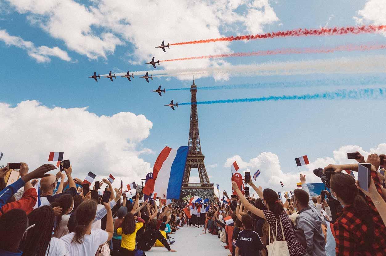 2024パリ オリンピック エッフェル塔